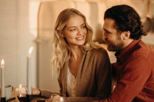 pexels cottonbro 3171204 600x400 - Das erste Date – Tipps und Date Ideen