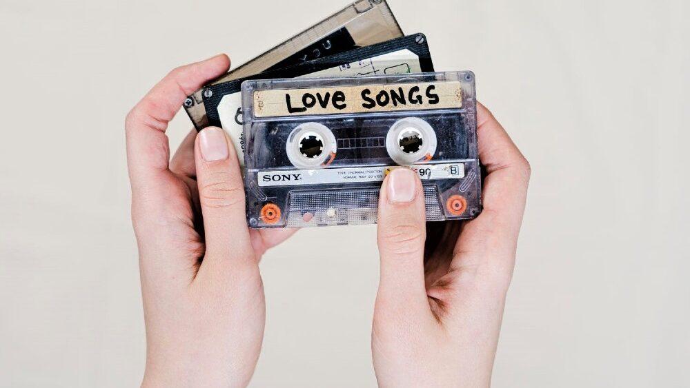 pexels photo 3944089 1 1000x563 - Lovesongs: Die schönsten Liebeslieder für das erste Date bis hin zur Hochzeit