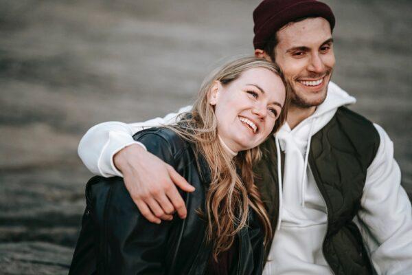 pexels katerina holmes 5910982 600x400 - Phasen einer Beziehung: Was macht die Verliebtheitsphase so besonders?