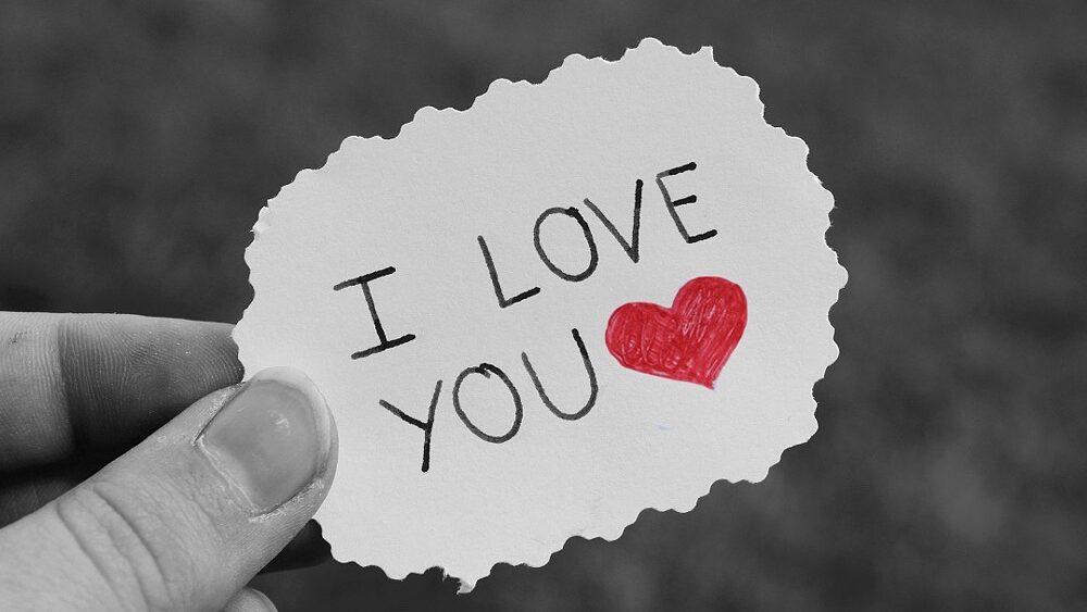 paper 4544059 1920 1 1000x563 - Ich liebe dich – 10 Gründe, 10 Sprüche und 5 Liebeserklärungen
